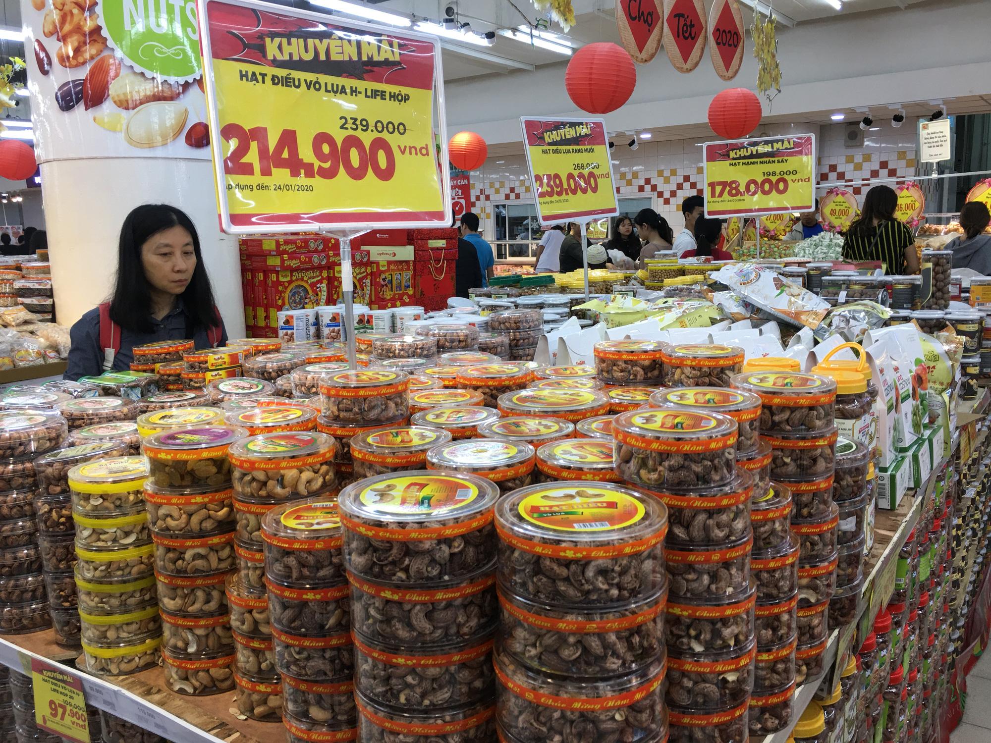 Thị trường quà Tết tại Đà Nẵng đa dạng theo giá - Ảnh 3.