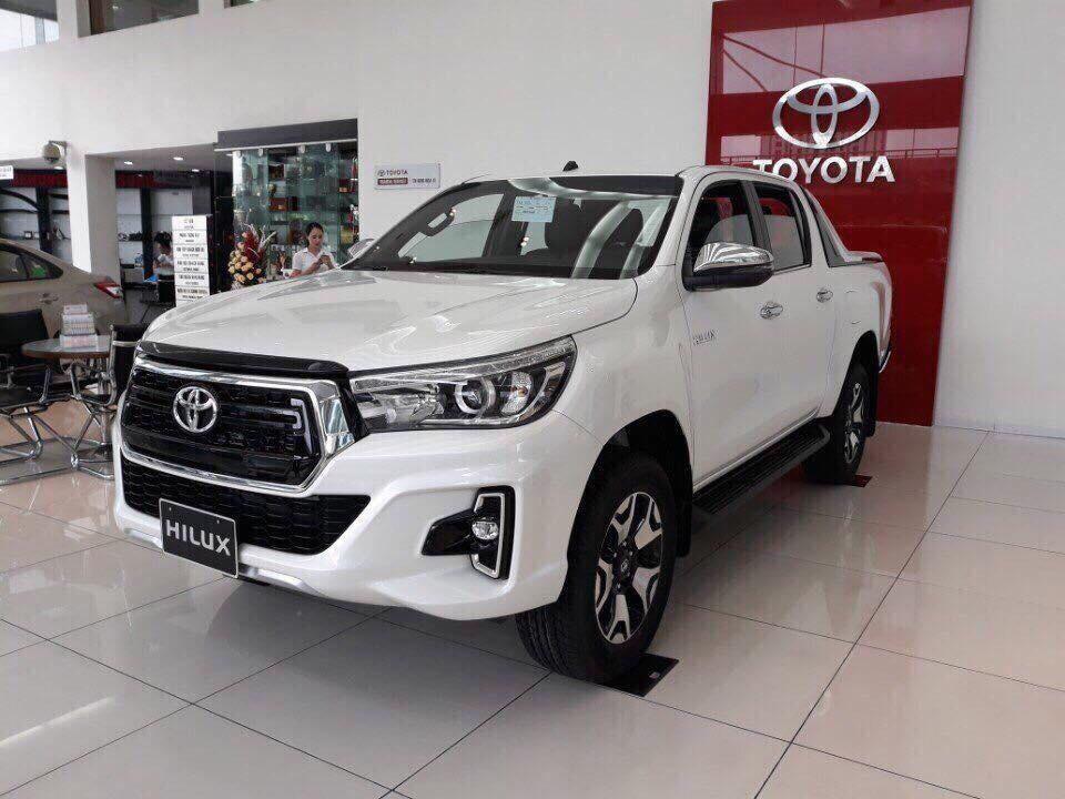 Điểm mặt 10 mẫu xe 'ế' nhất năm 2019, họ nhà Toyota chiếm hơn một nửa - Ảnh 6.