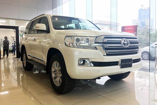 Điểm mặt 10 mẫu xe 'ế' nhất năm 2019, họ nhà Toyota chiếm hơn một nửa - Ảnh 8.