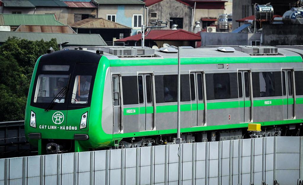 Thủ tướng trả lời chất vấn về sự chậm trễ của đường sắt Cát Linh - Ảnh 2.