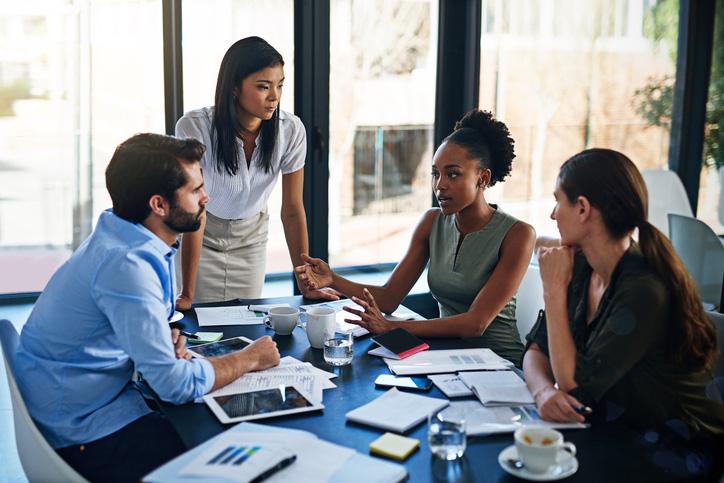 Thảo luận để tìm sáng kiến, giải pháp là kiểu họp gây lãng phí thời gian nhất cho doanh nghiệp - Ảnh 1.