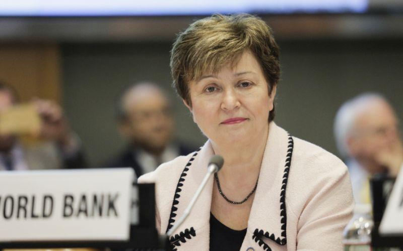 IMF tiếp tục hạ dự báo tăng trưởng kinh tế toàn cầu - Ảnh 1.