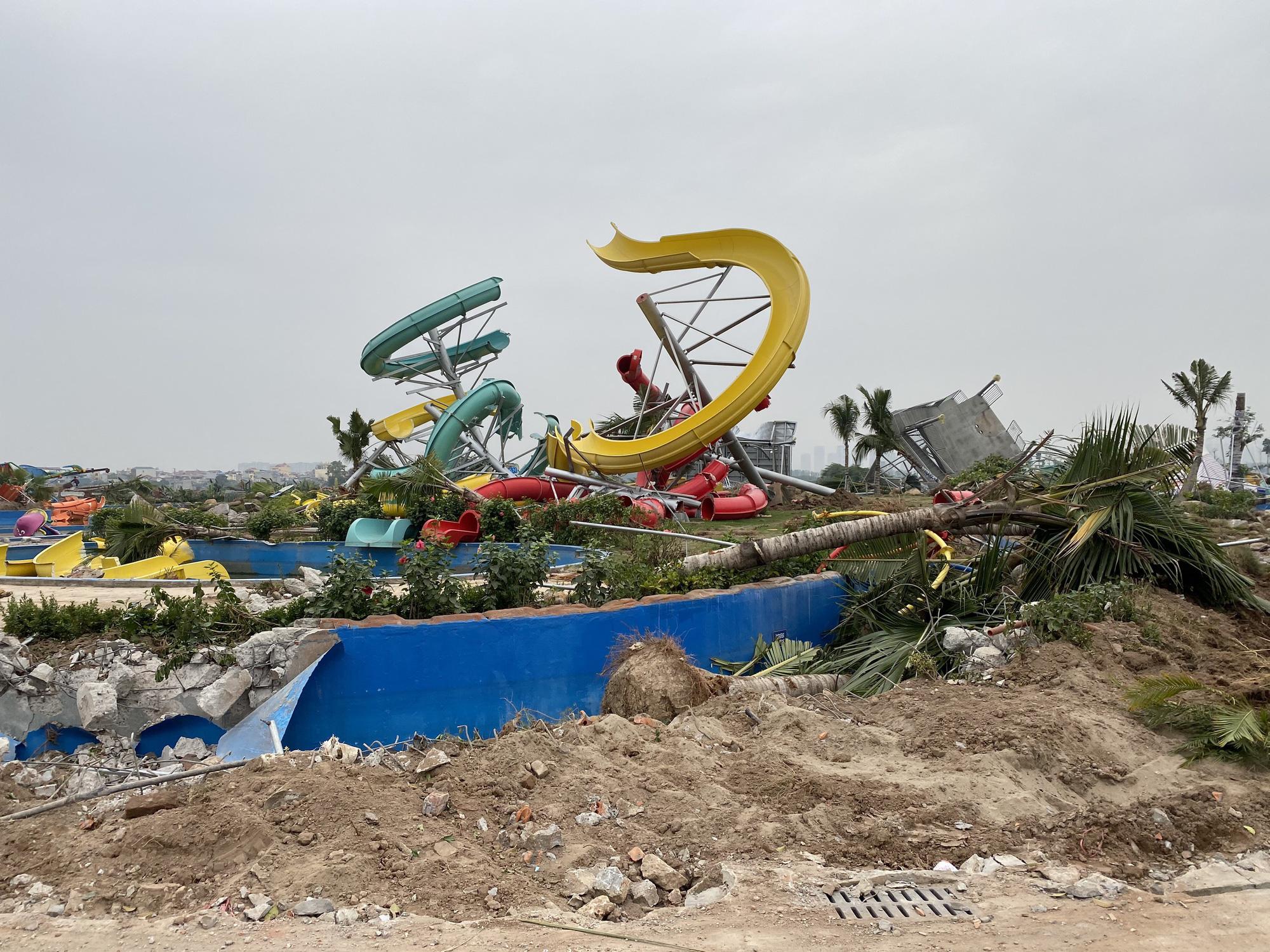 Hà Nội: Công viên hàng trăm tỷ đồng 'chớp mắt' biến thành đống đổ nát - Ảnh 5.