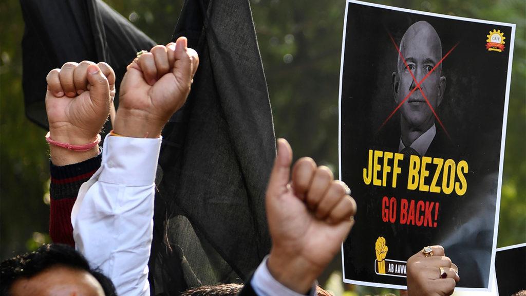Jeff Bezos và cơn phẫn nộ của các doanh nghiệp Ấn Độ - Ảnh 1.