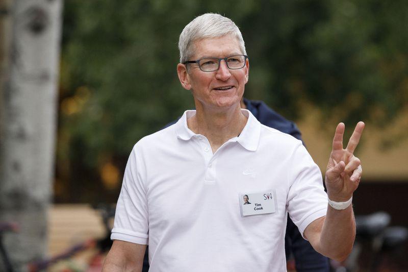 Tim Cook, CEO Apple (Ảnh: Bloomberg)