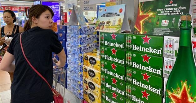 Financial Times: Cổ phiếu Heineken sụt giảm mạnh trước thông tin doanh số bán bia tại Việt...
