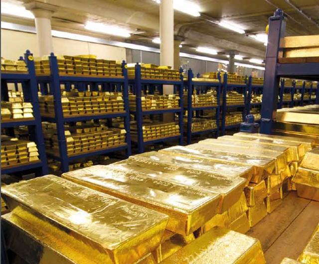 Giá vàng hôm nay 27/1: Tăng gần 1% trên các sàn giao dịch quốc tế - Ảnh 1.