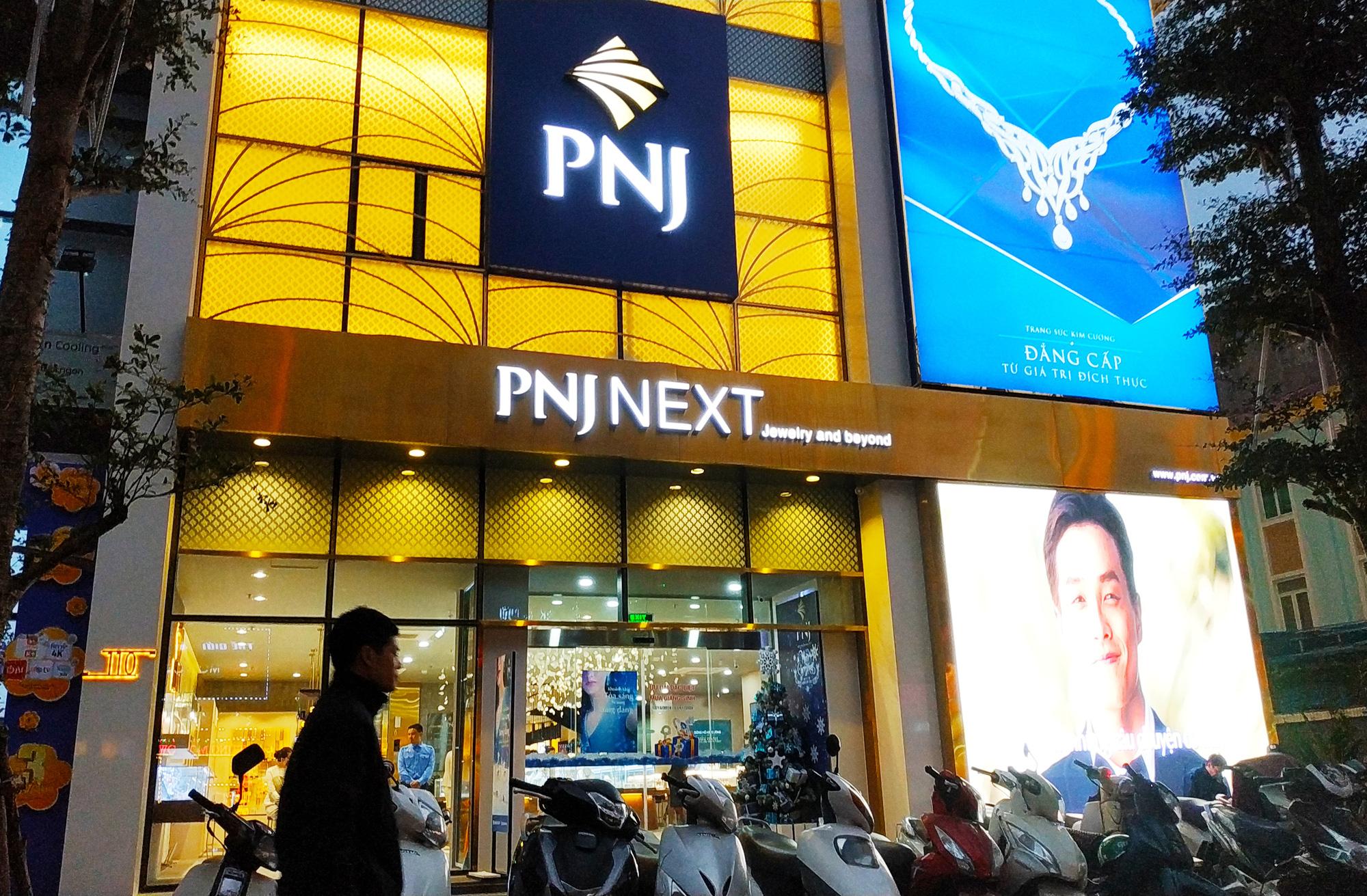 Một lãnh đạo PNJ từ chức - Ảnh 1.