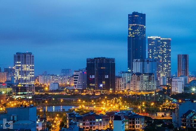 JLL: Giá thuê văn phòng khu vực trung tâm Hà Nội tăng nhanh - Ảnh 1.