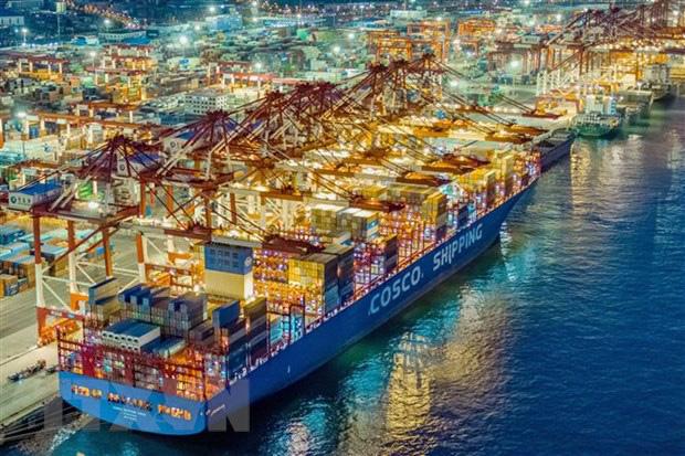 Moody's: Xung đột Mỹ-Iran kéo dài có thể gây cú sốc về kinh tế - Ảnh 1.
