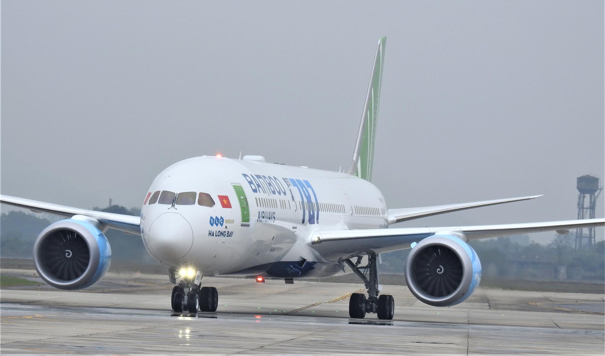 Bamboo Airways thực hiện chuyến bay đến CH Séc, đưa công dân châu Âu về nước - Ảnh 1.