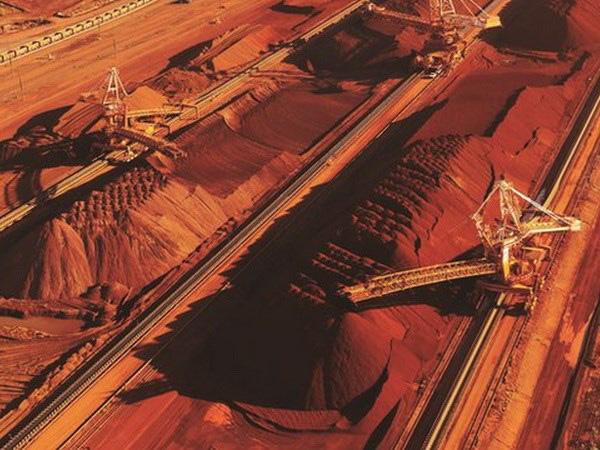 Giá thép xây dựng hôm nay (8/1): Giá quặng sắt cải thiện khi Đường Sơn dỡ bỏ cảnh báo ô nhiễm - Ảnh 1.