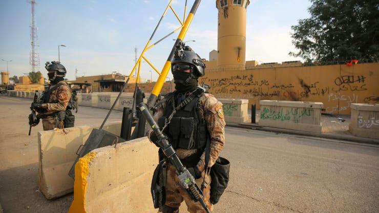 Căng thẳng Mỹ - Iran: Tên lửa Kachiusa rơi gần Đại sứ quán Mỹ ở Baghdad - Ảnh 1.