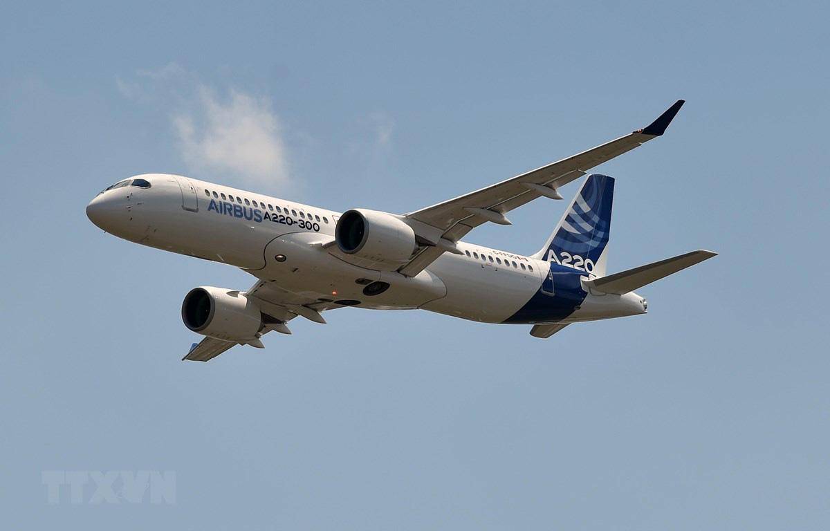Các hãng hàng không thế giới đối mặt với chi phí nhiên liệu tăng - Ảnh 1.