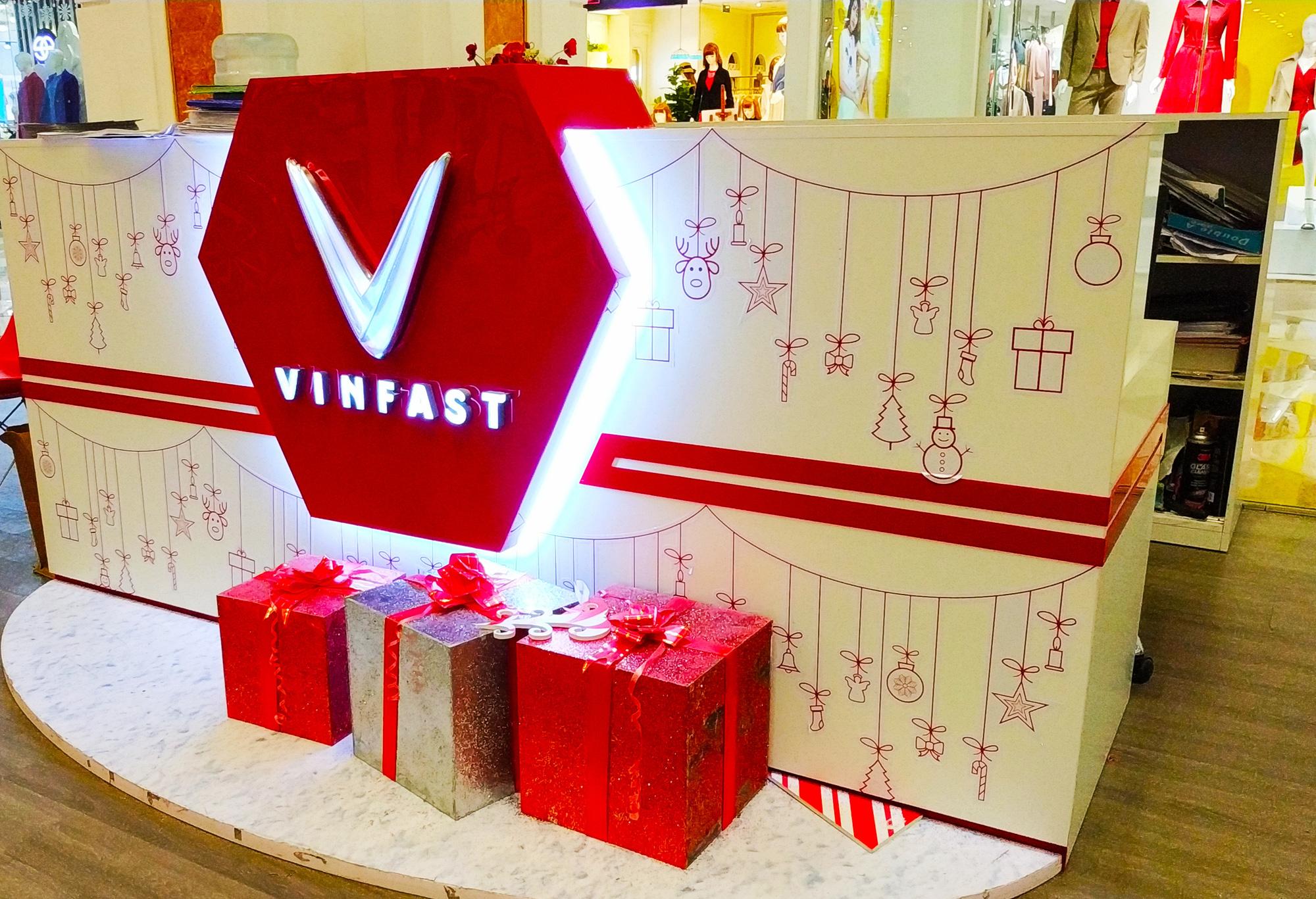VinFast sắp nhận sở hữu gần 90 triệu cổ phần Vinhomes - Ảnh 1.