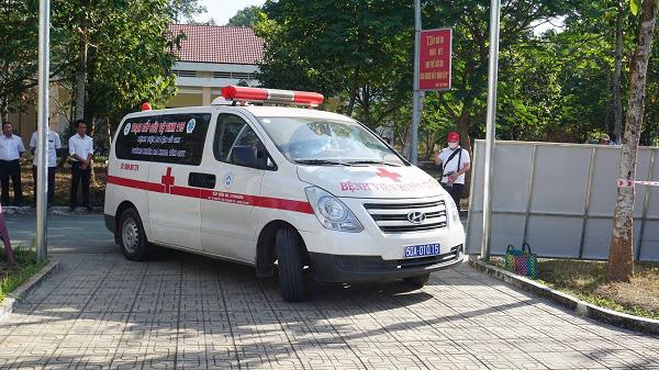 Phòng chống dịch bệnh do virus Corona: Bệnh viện dã chiến qui mô 300 giường chính thức nhập cuộc - Ảnh 7.