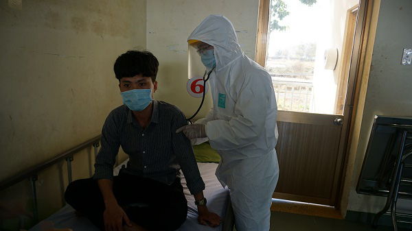 Phòng chống dịch bệnh do virus Corona: Bệnh viện dã chiến qui mô 300 giường chính thức nhập cuộc - Ảnh 12.