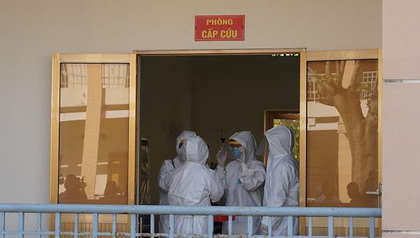 Phòng chống dịch bệnh do virus Corona: Bệnh viện dã chiến qui mô 300 giường chính thức nhập cuộc - Ảnh 1.