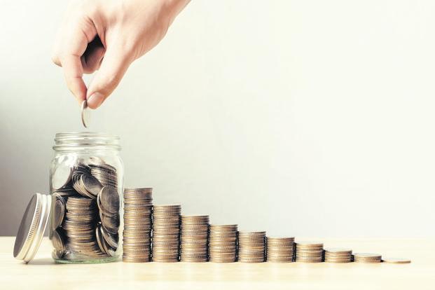 So sánh lãi suất ngân hàng tháng 2/2020: Lãi suất kì hạn 1 năm ở đâu cao nhất? - Ảnh 1.