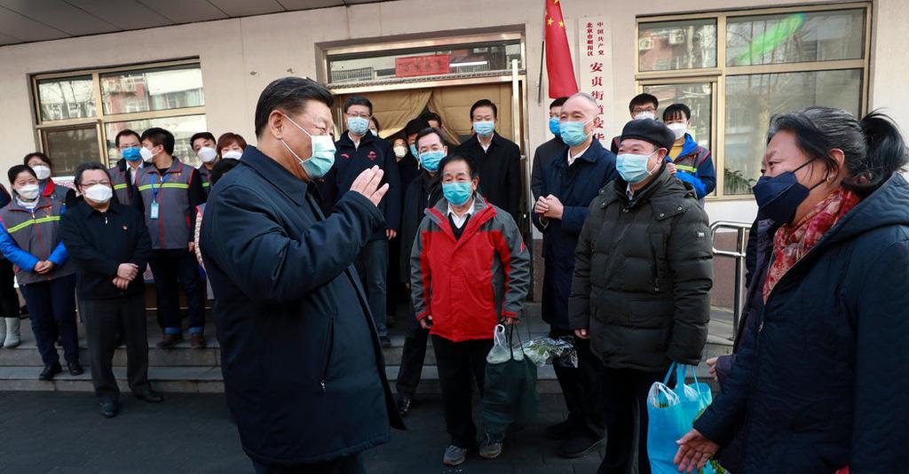 'Đừng bắt tay nhé' - chuyến đi chỉ đạo chống virus corona của ông Tập - Ảnh 1.