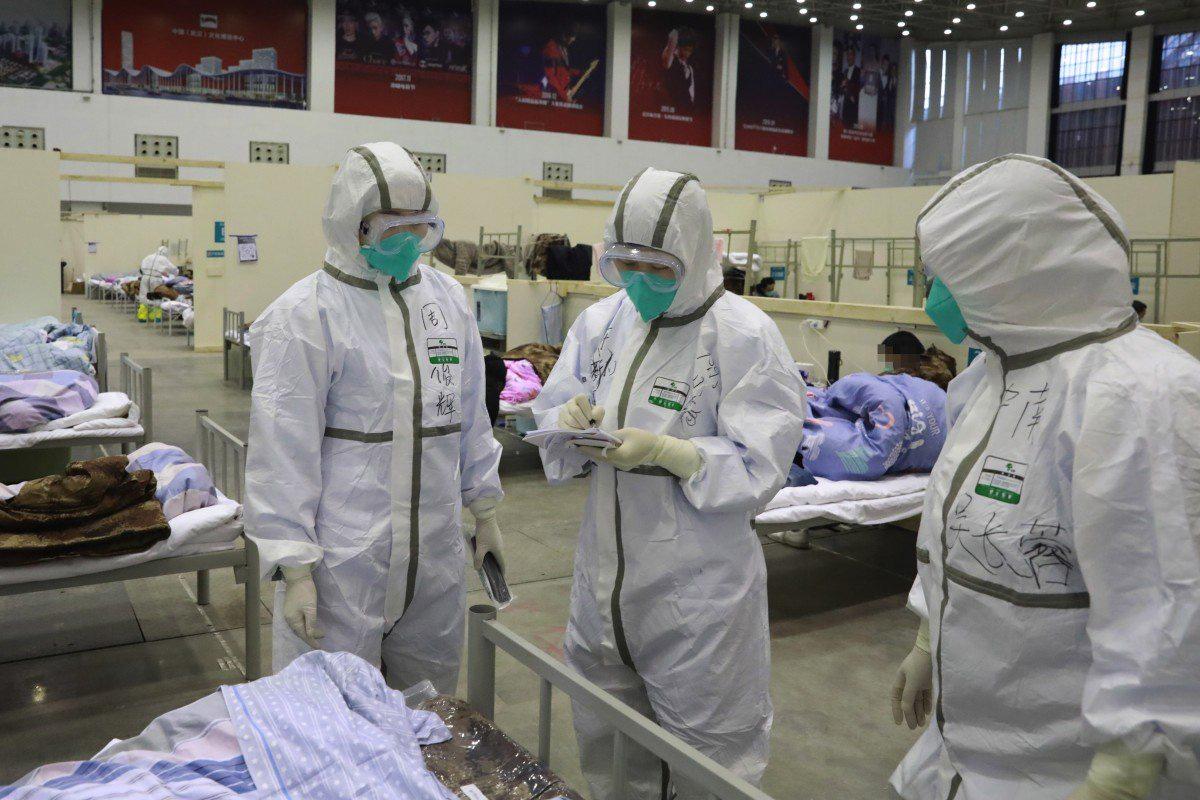 SCMP: Ít nhất 500 nhân viên y tế Vũ Hán đã nhiễm virus covid-19 - Ảnh 1.