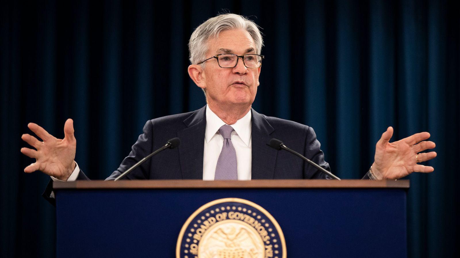 Chủ tịch Jerome Powell: Rủi ro với triển vọng kinh tế Mỹ vẫn còn, Fed sẽ tiếp tục theo dõi diễn biến dịch virus corona - Ảnh 1.