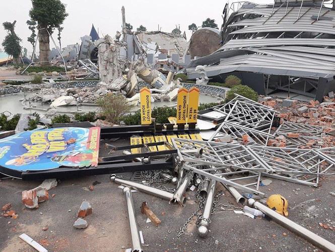 Chủ tịch Hà Nội yêu cầu thanh tra việc cưỡng chế phá dỡ công viên nước Thanh Hà - Ảnh 1.