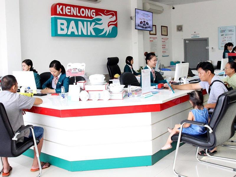 Dịch COVID-19: Doanh nghiệp sốt ruột chờ ngân hàng giải cứu - Ảnh 1.