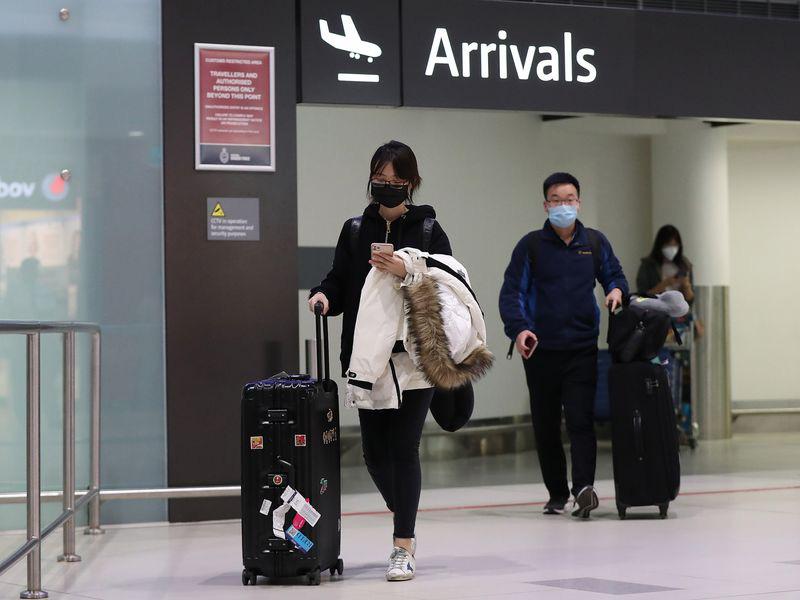 Bloomberg: Tác động của dịch virus corona (covid-19) đến ngành du lịch toàn cầu có thể kéo dài đến năm 2021 - Ảnh 2.