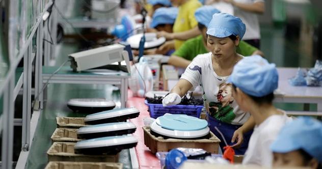 Vì virus corona, các công ty đa quốc gia sẽ định hình lại chuỗi cung ứng rời xa Trung Quốc mãi mãi? - Ảnh 1.
