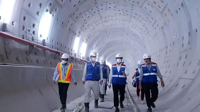 Sắp thông tuyến toàn dự án đường sắt đô thị số 1 - Ảnh 1.
