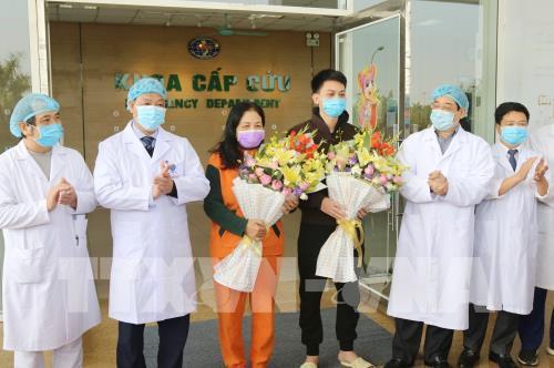 Thêm hai bệnh nhân nhiễm covid-19 ở Vĩnh Phúc xuất viện, Việt Nam chính thức điều trị khỏi cho 9 người - Ảnh 1.