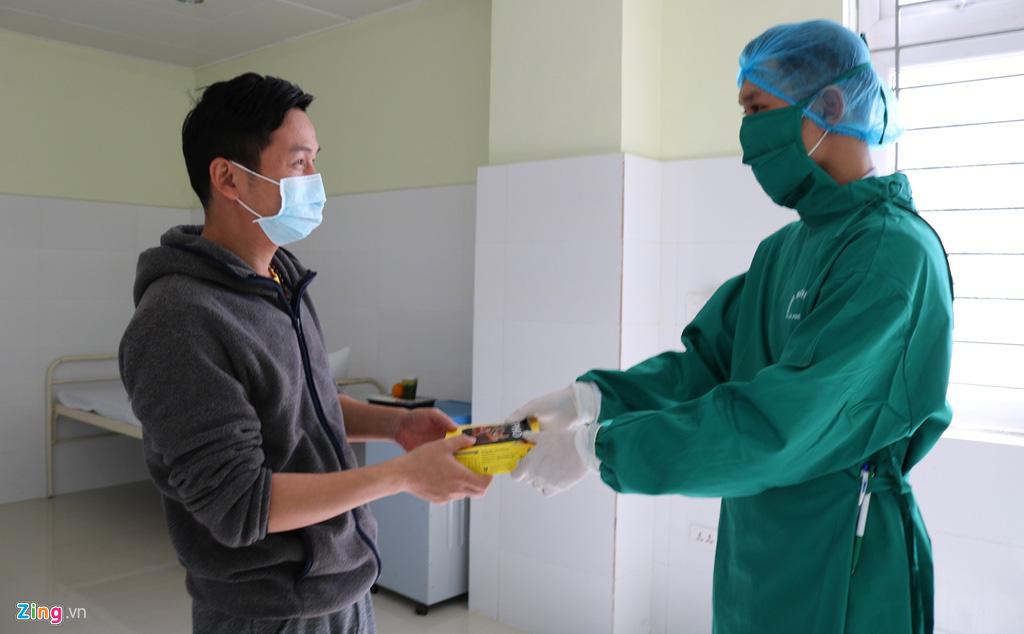 Khu cách li người có nguy cơ nhiễm virus corona ở Hải Phòng - Ảnh 9.