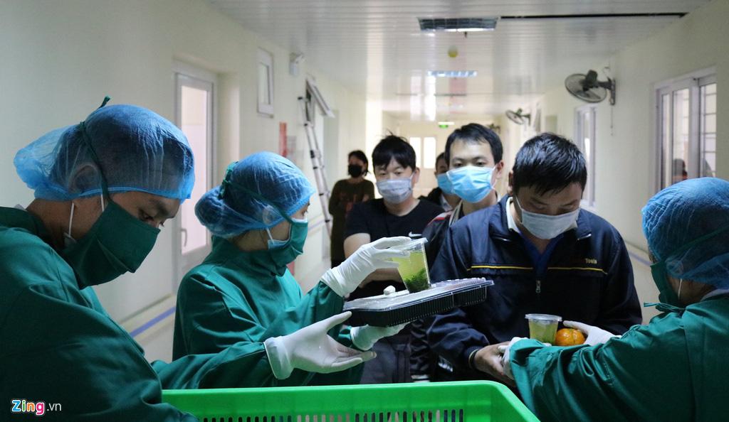 Khu cách li người có nguy cơ nhiễm virus corona ở Hải Phòng - Ảnh 8.