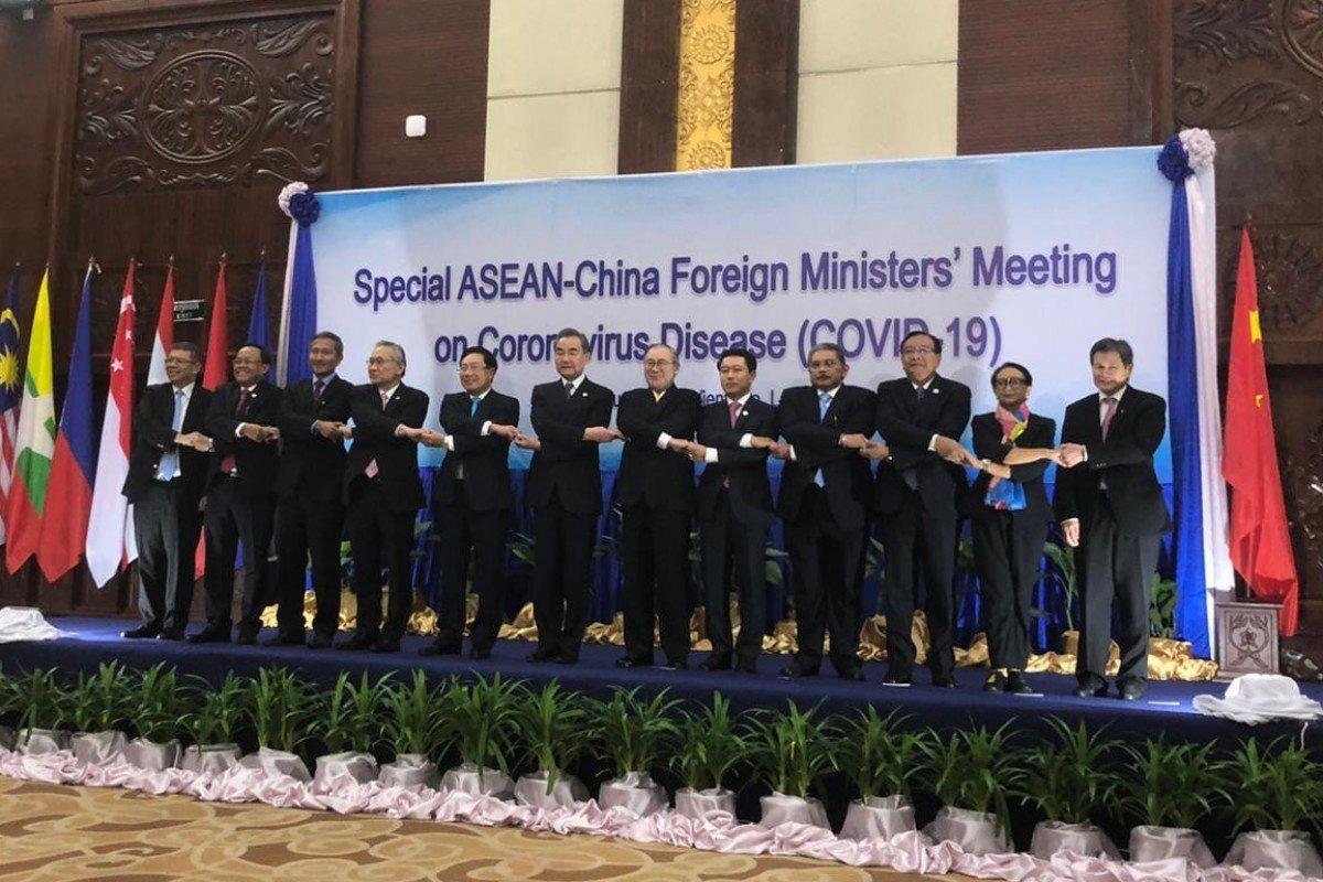 Ngoại trưởng Trung Quốc cảm kích trước sự hỗ trợ của ASEAN trong dịch virus corona: 'gần như không cảm thấy sự lạnh giá của mùa đông và mùa xuân thì như đang bừng tỉnh' - Ảnh 1.