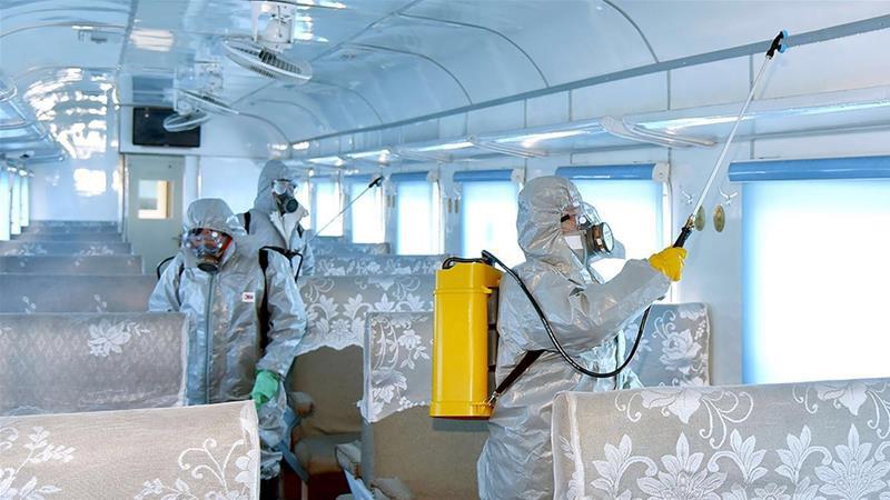 Thanh tra y tế Vũ Hán đến hang cùng ngõ hẻm tìm ca nhiễm virus corona - Ảnh 15.