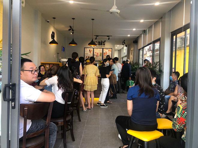 Cà phê Ông Bầu chạy thử, bầu Thắng trực tiếp bán cà phê - Ảnh 6.
