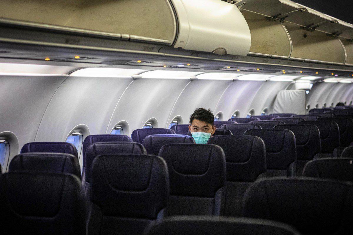 Trung Quốc loay hoay tìm cách giải cứu ngành hàng không giữa bão dịch Covid-19 - Ảnh 1.