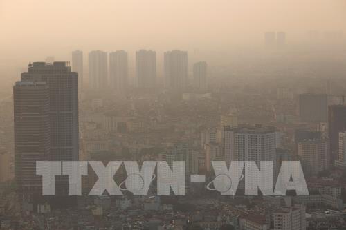 Miền Bắc tiếp diễn tình trạng ô nhiễm không khí - Ảnh 1.