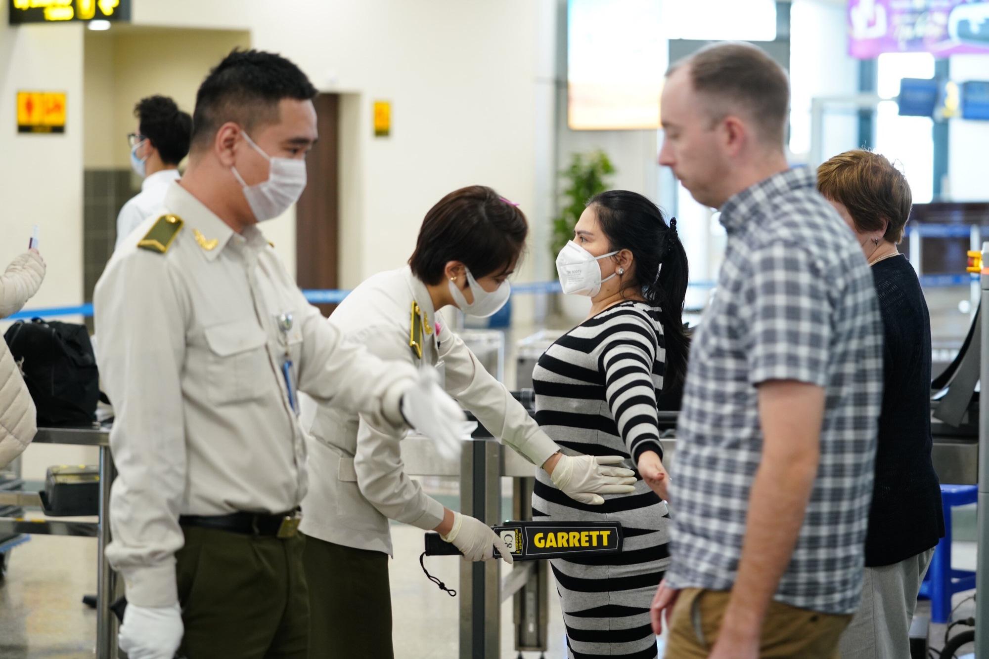 Hãng hàng không mất gần 40% khách quốc tế trong tháng 2 - Ảnh 1.