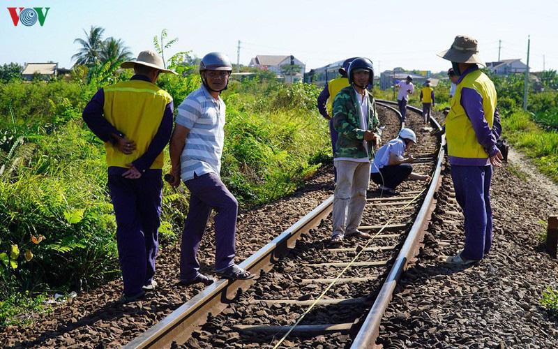 Đường sắt phải dừng hoạt động vì thiếu tiền là 'chưa từng có tiền lệ' - Ảnh 4.