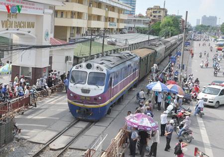 Đường sắt phải dừng hoạt động vì thiếu tiền là 'chưa từng có tiền lệ' - Ảnh 3.