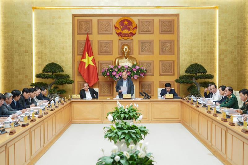 Thủ tướng: Dịch Covid-19 diễn biến phức tạp, chưa chốt thời gian học sinh đi học trở lại - Ảnh 1.