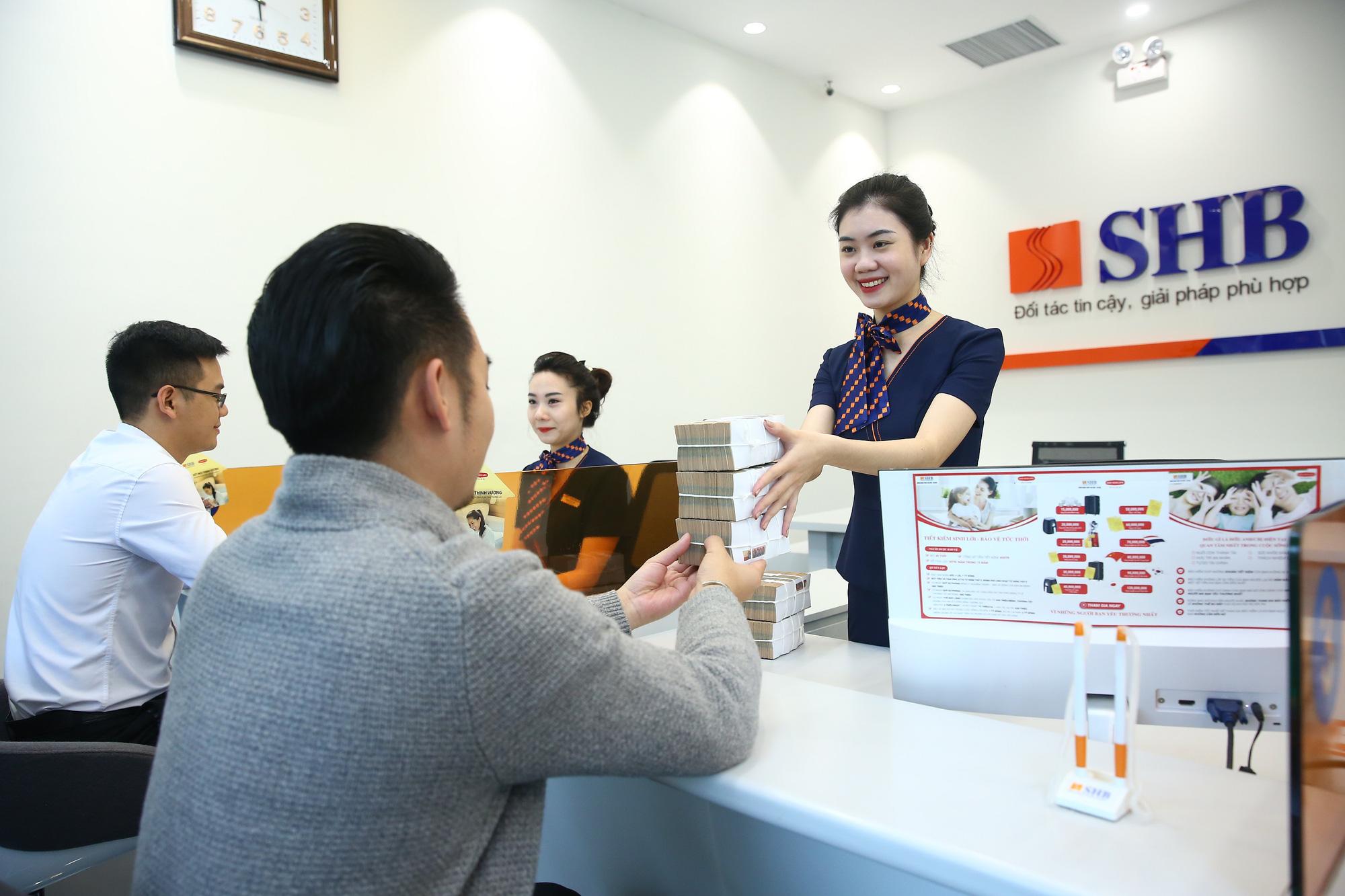 Thêm nhiều ngân hàng tung gói hỗ trợ khách hàng bị ảnh hưởng bởi covid-19, qui mô lên tới hàng chục nghìn tỉ đồng - Ảnh 1.