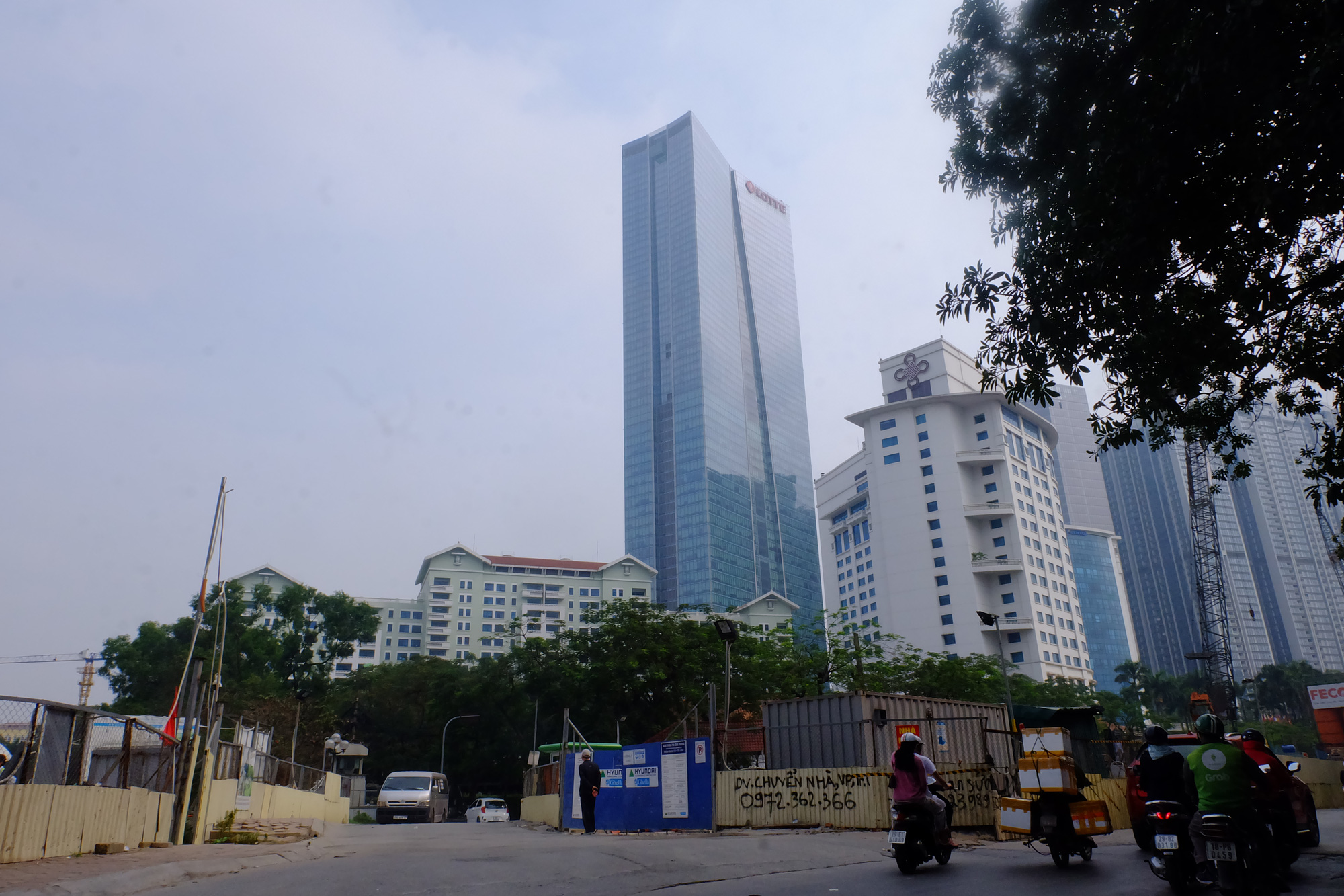 Những tòa nhà cho thuê văn phòng hái ra tiền ở Hà Nội - Ảnh 4.
