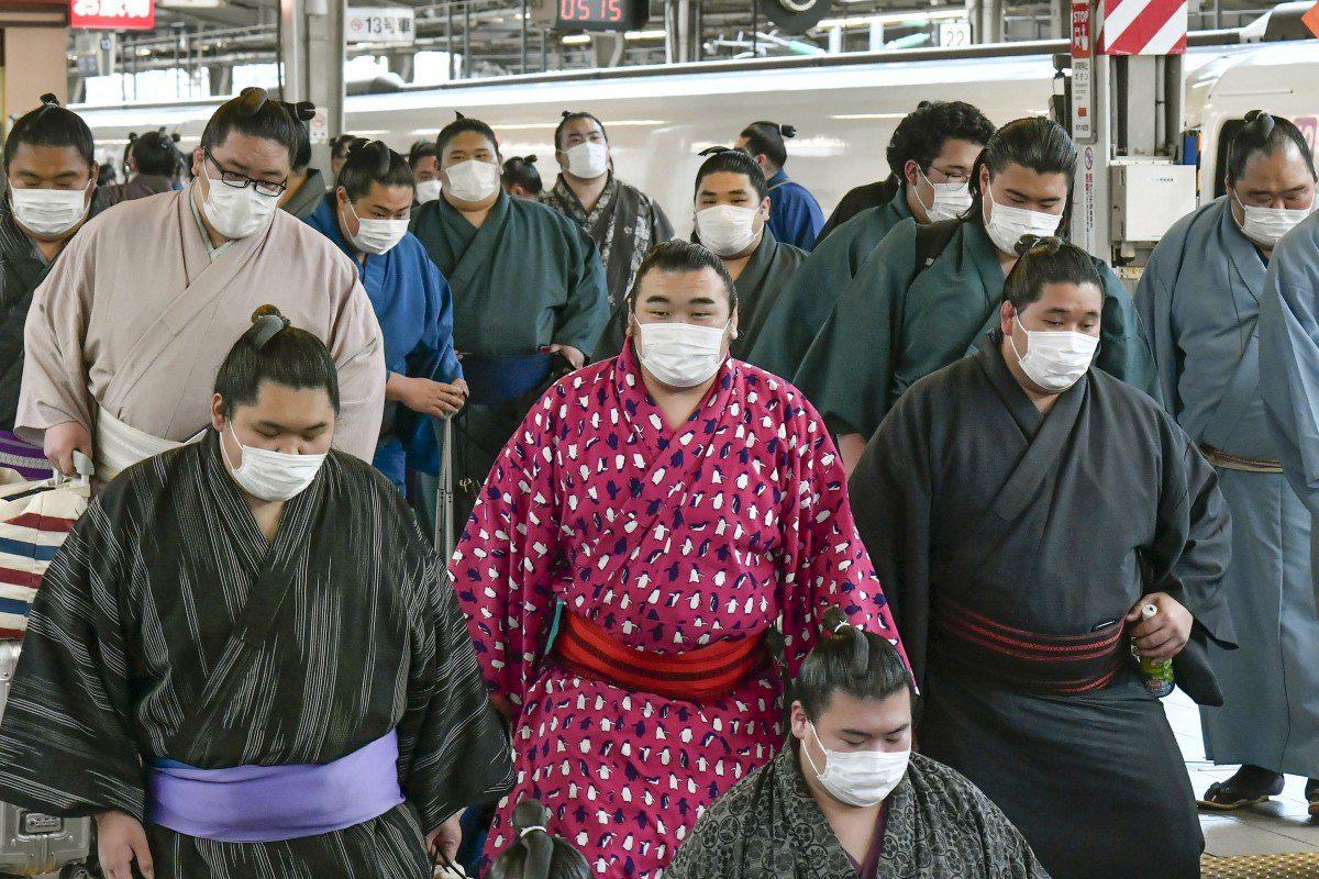 Giải mã sự thăng hoa bất thường của thị trường chứng khoán Nhật Bản - Ảnh 2.