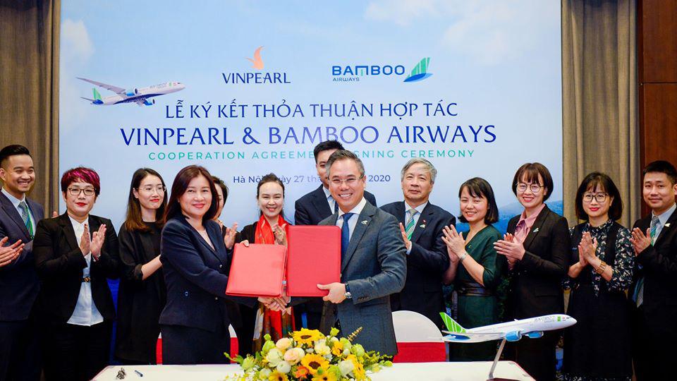 Bamboo Airways bắt tay Vinpearl phát triển sản phẩm hàng không - du lịch - Ảnh 1.