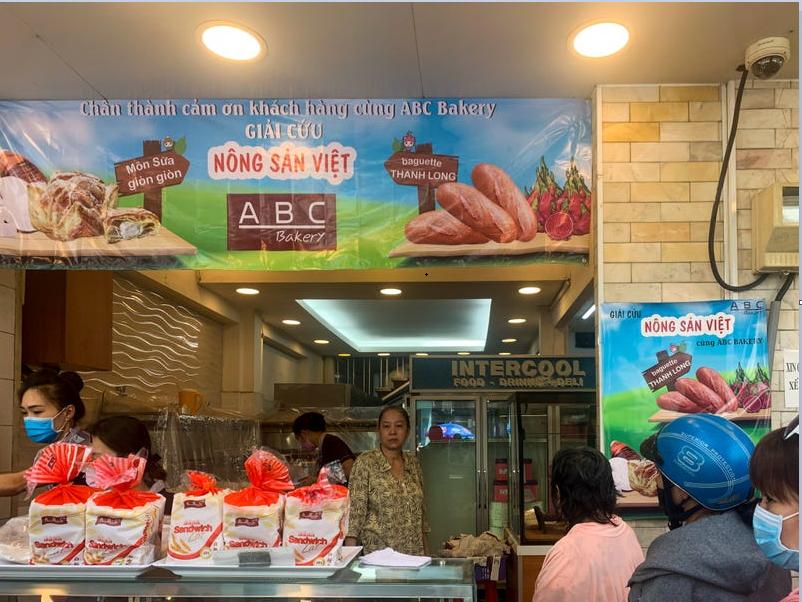 Báo quốc tế nói gì về bánh mì thanh long của Việt Nam - Ảnh 1.