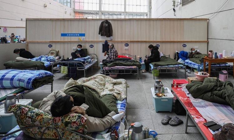 80% ca nhiễm nCoV ở Trung Quốc 'không nghiêm trọng' - Ảnh 1.
