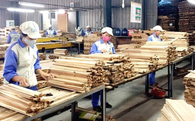 Quốc gia nào đang đầu tư nhiều nhất vào ngành gỗ của Việt Nam? - Ảnh 1.